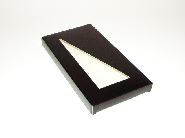 Etui tablette chocolat fenetre triangle 160x80x10 att for Fenetre triangle